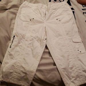Style and Co white Capri pants